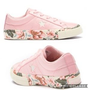 Converse One Star Oxford Sneaker Floral Trim NWOT